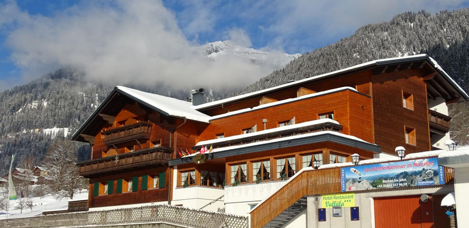 Hotel Vallüla im Winter